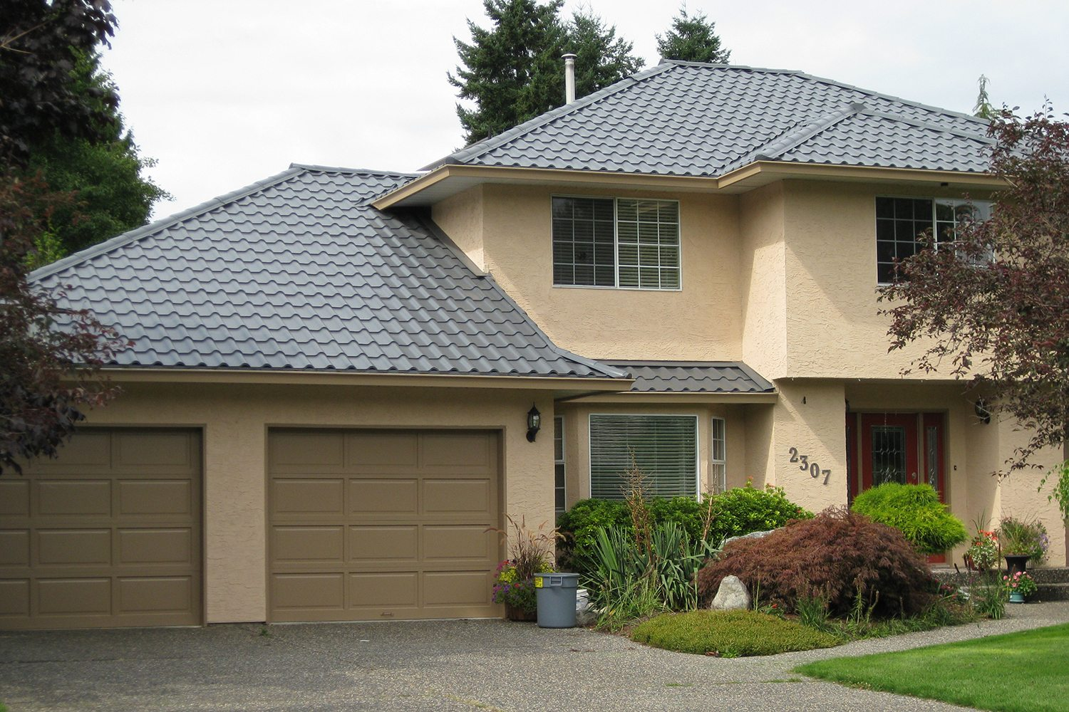 Interlock tile roof system new brunswick metal roofing - A brief guide to a durable roof ...